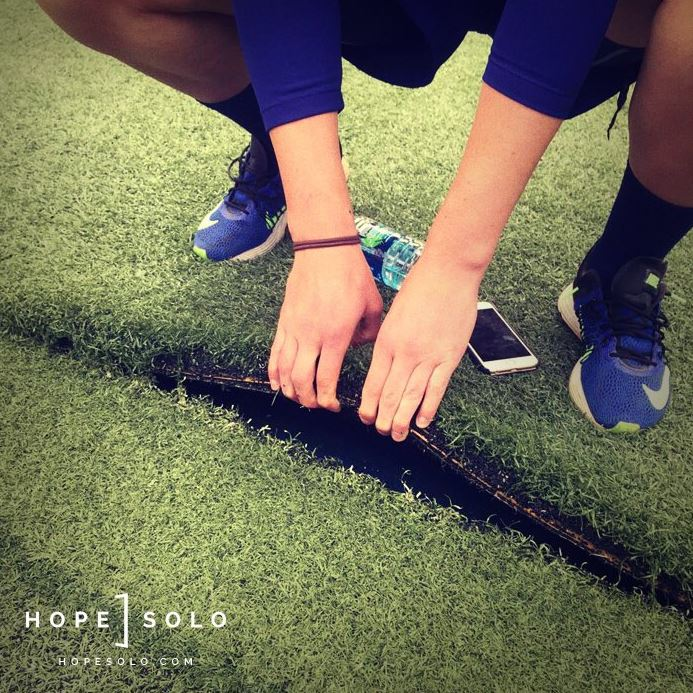 hope-solo-twitter-photo